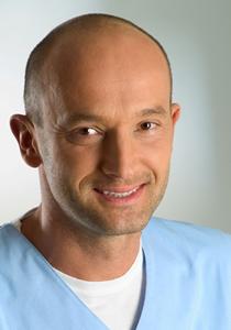 Dr_Wojciech_Ryncarz_02